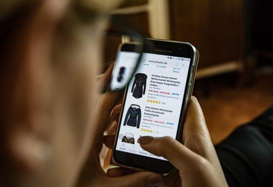 Online kleding kopen, hier moet je op letten!