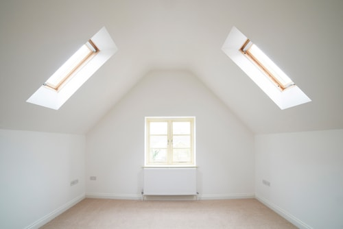 Maak nuttig gebruik van de ruimte op zolder